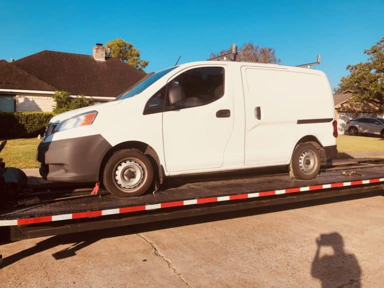small white sprinter van for auto transport