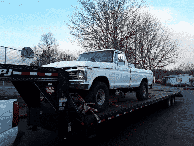 Ford F250 Truck on autotransport.com trailer