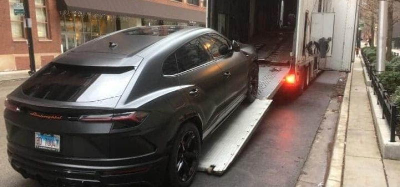 black-suv-lamborgini-auto-transport